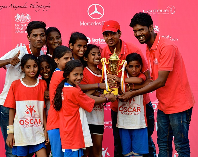 Over 2,000 supporters gather from all over the world to be part of the OSCAR Annual Football Day. It's a magical occasion and a delight to watch mothers in saris playing football and enjoying lots of activities and workshops with their families.